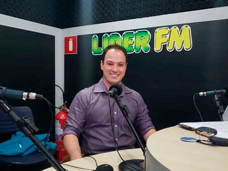 Dr. Pedro Vasconcellos participou hoje do programa Líder Notícias para falar sobre: Bichectomia